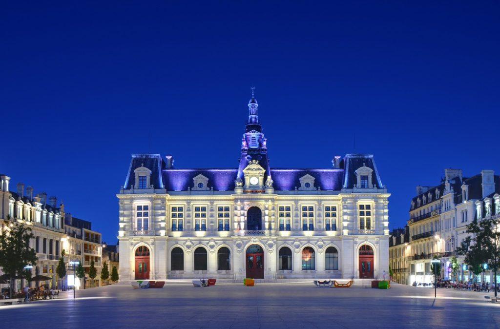 Hôtel_de_ville_de_Poitiers